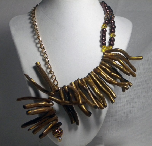 Golden Coral Sticks and Chain Necklace