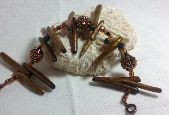 Golden Coral Sticks Bling Ball Bracelet