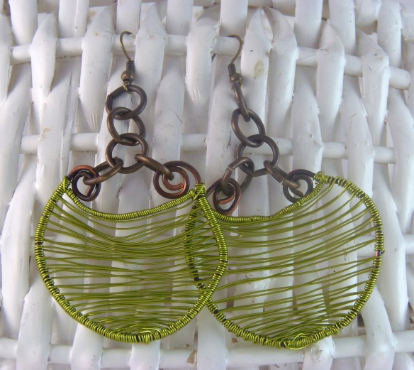 Unique Woven Wire Dangle Earrings with Vintage Vibe