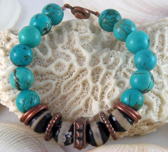 Boho Chic Turquoise and Agate Beaded Bracelet by Junebug Jewelry Designs on Etsy